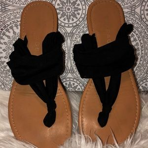 Shoes - Slip on multiple style black sandals